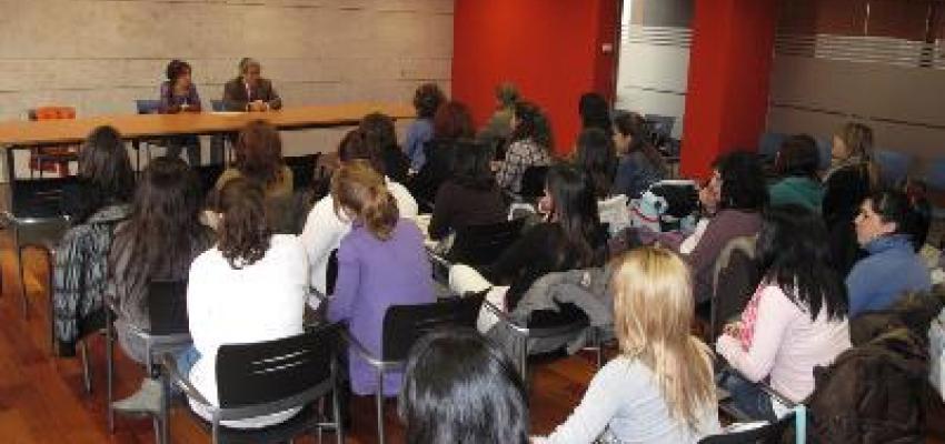 APPYCE muestra a las estudiantes de peluquería y estética como montar su propia empresa