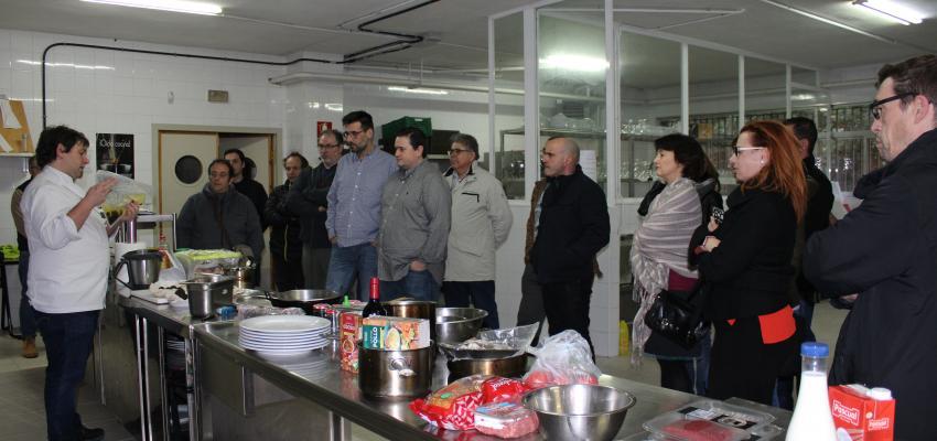 Medio centenar de cocineros profesionales participan en los cursos cocinar con trufa negra