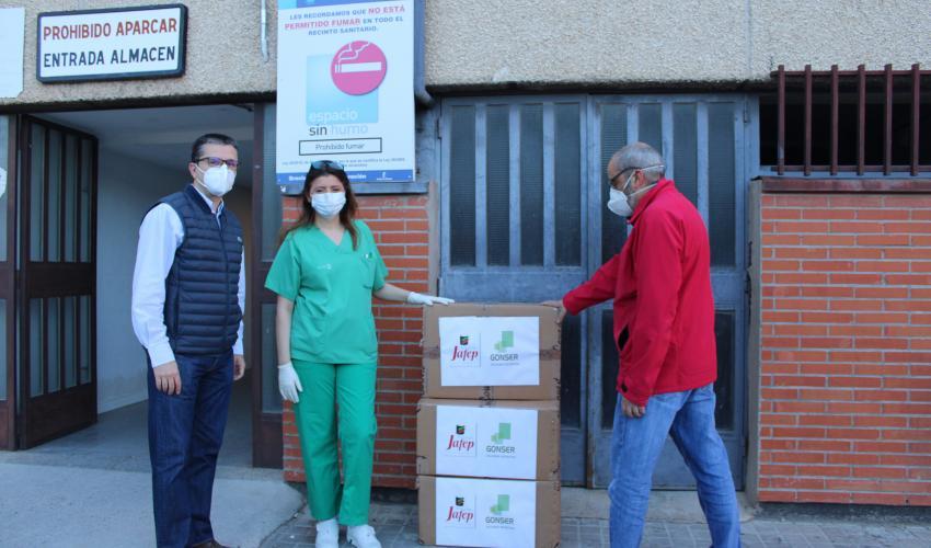 Pinturas Jafep-GONSER soluciones decorativas, dona 100 batas quirúrgicas al hospital de Guadalajara a través del dispositivo de coordinación de aportaciones de empresas de CEOE-CEPYME Guadalajara