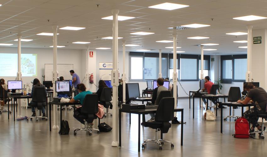 CEOE-CEPYME Guadalajara da comienzo a dos nuevos cursos de formación para el sector de la logística y el transporte