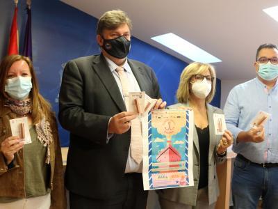Establecimientos asociados a FEDECO participan en una nueva edición del concurso Escaparate en Rosa