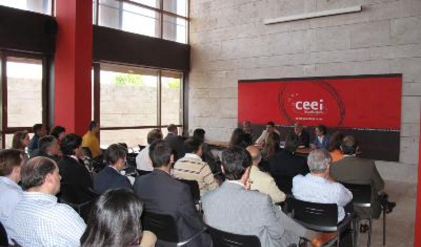 El CEEI ha organizado una jornada para explicar a las empresas el plan de ayudas de la Junta