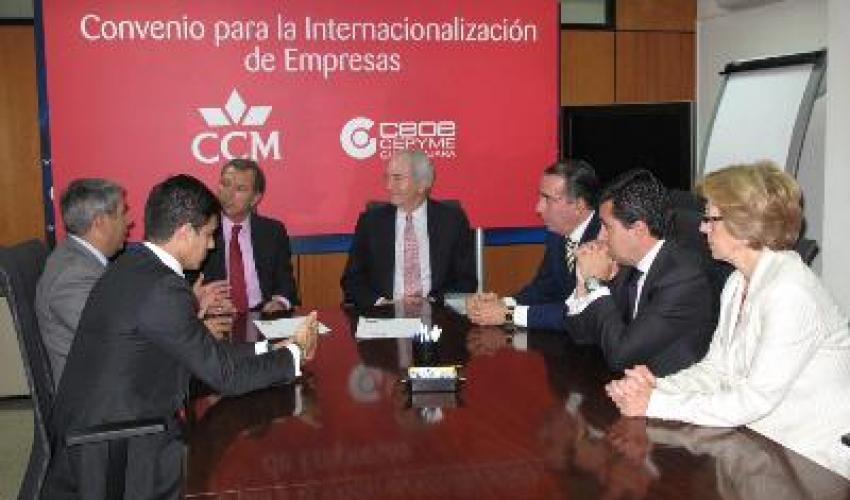 CEOE-CEPYME y CCM firman un convenio de apoyo a la internacionalización de las empresas alcarreñas