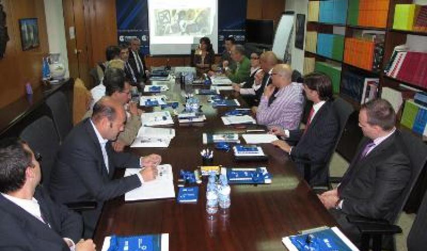 Una decena de empresas asisten a la mesa de trabajo de comercio exterior organizada por CEOE-CEPYME
