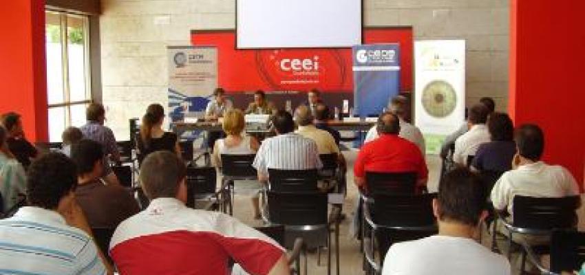 Cerca de 60 empresarios se informan sobre PRL y la nueva CAP en el transporte de mercancías