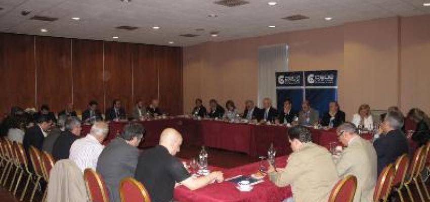 La Junta Directiva y el Comité Asesor de CEOE-CEPYME Guadalajara se reúne con el PP provincial