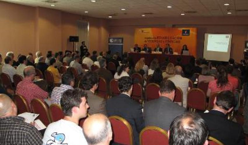 Los empresarios alcarreños conocen el V Plan de Vivienda y Rehabilitación de CLM