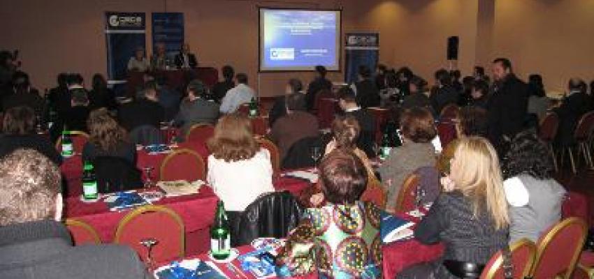 Más de 80 responsables de los departamentos jurídicos asisten a la jornada de derecho concursal