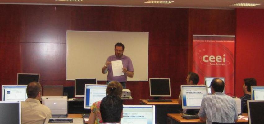 Google Apps para emprendedores en el tercer taller digital del CEEI Guadalajara