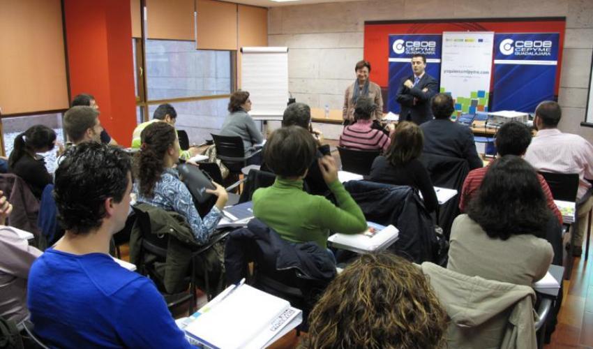 CEOE-CEPYME Guadalajara inaugura un curso de gestión financiera de la plataforma yoquieroamipyme