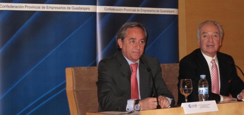 La realidad empresarial, contada por Ángel Nicolás, atrae a gran número de empresarios en el foro de CEOE-CEPYME Guadalajara