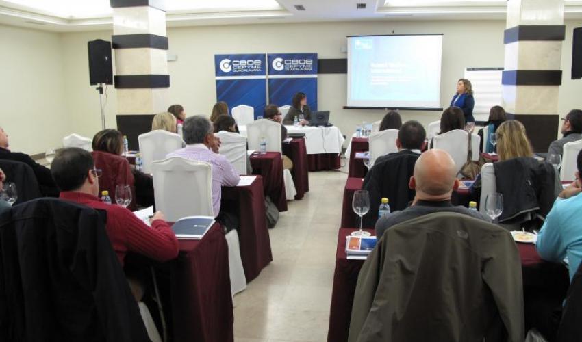 40 asistentes participan en la jornada de comercio exterior de CEOE-CEPYME Guadalajara