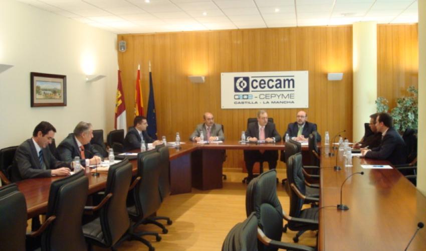 CEAT C-LM reclama soluciones urgentes para el autónomo