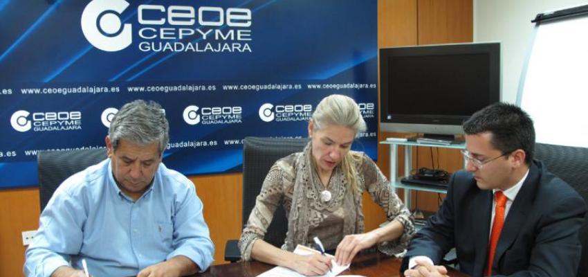 CEOE-CEPYME Guadalajara y el Grupo Corpodat firman un convenio de colaboración