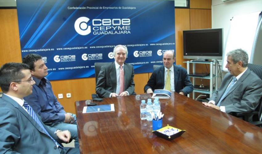 El presidente de CEOE-CEPYME Guadalajara se reúne con el alcalde de Sigüenza