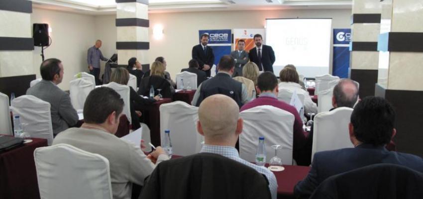 Más de 30 empresarios aprenden el manejo de incidentes críticos ante los medios de comunicación