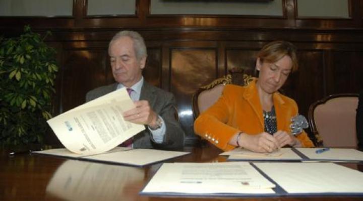 Diputación y CEOE-CEPYME firman un convenio para la promoción del comercio y del tejido industrial de la provincia