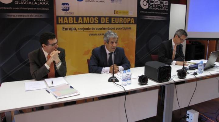 """Gran éxito de la jornada de medio ambiente del segundo ciclo de conferencias """"Hablemos de Europa"""""""