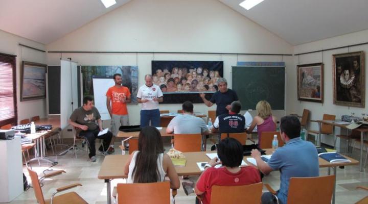 Los alumnos del curso de gestión empresarial realizan la jornada de convivencia