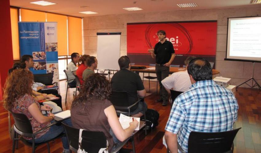 Las cápsulas de conocimiento del CEEI de Guadalajara finalizan con la prevención de riesgos laborales