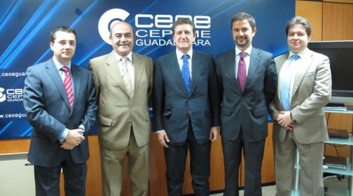 CEOE-CEPYME Guadalajara y el BBVA firman un convenio de colaboración