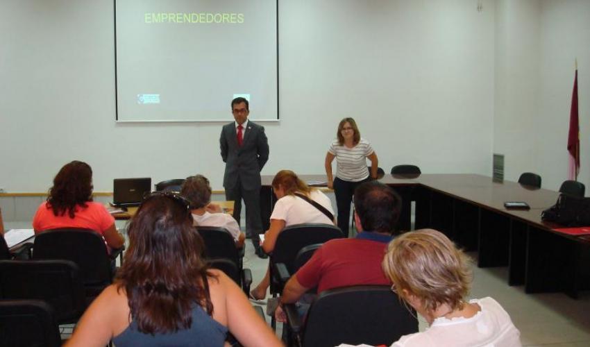 Los técnicos del CEEI de Guadalajara en colaboración con CEOE-CEPYME Guadalajara informan de cómo montar tu propia empresa