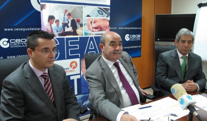 CEAT Guadalajara presenta su programación formativa para el 2012