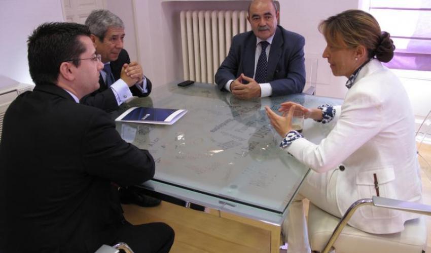 El vicepresidente de CEOE-CEPYME Guadalajara y la presidenta de la Diputación de Guadalajara se reúnen para analizar el desarrollo del workshop