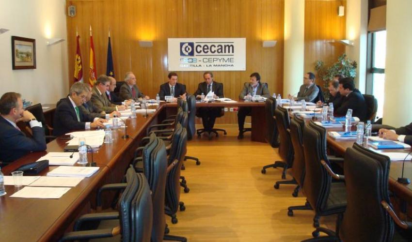 La junta directiva de CECAM celebra su primera reunión del año