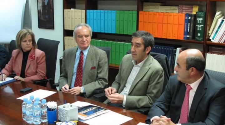 El comité de dirección de CEOE-CEPYME Guadalajara y el delegado de la Junta en Guadalajara trazan las líneas de trabajo a seguir