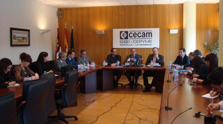 El comité ejecutivo de CECAM analiza la problemática empresarial con el presidente de CEPYME