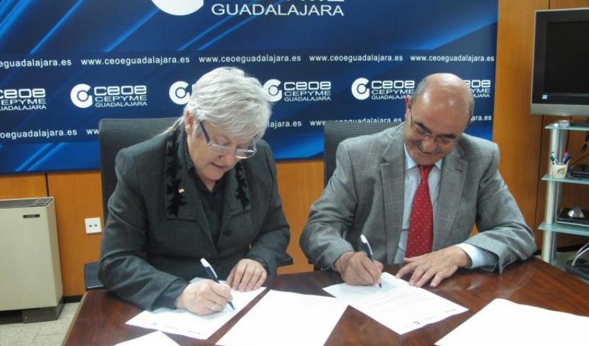 CEOE-CEPYME Guadalajara y Cruz Roja renuevan su convenio de colaboración para 2013
