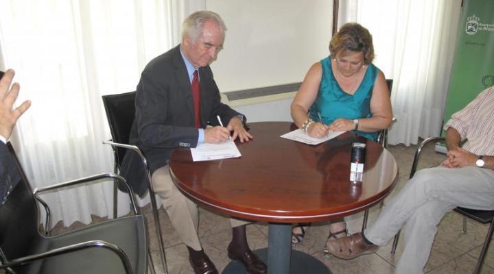 CEOE-CEPYME Guadalajara y el Ayuntamiento de Alovera firman un convenio de colaboración