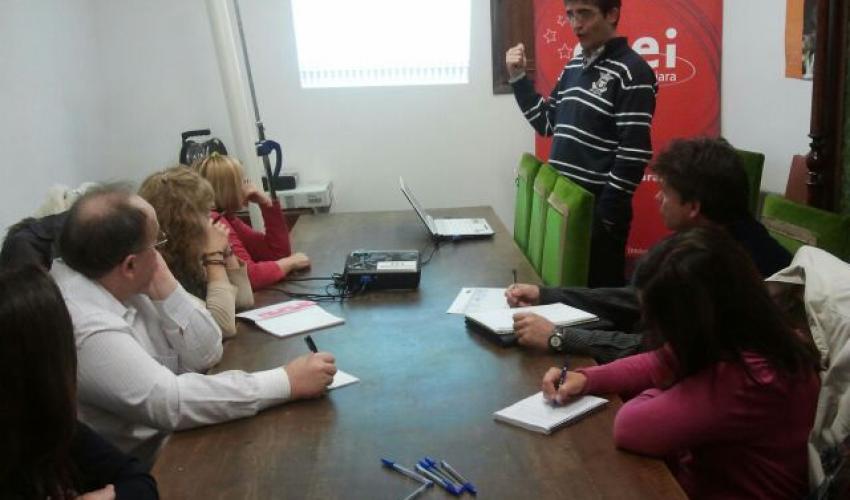 Los emprendedores de Mondejar aprenden a ser empresarios gracias al coaching