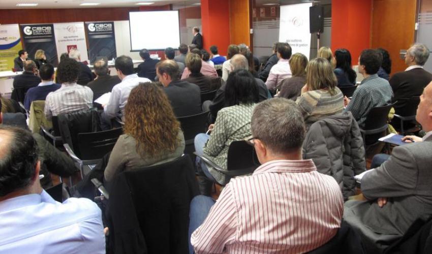 Gran éxito de asistencia en la jornada sobre el cierre contable y fiscal 2012 y actualización de balances organizada por CEOE-CEPYME Guadalajara