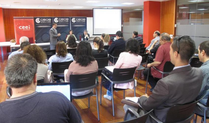 Los empresarios se informan, en una nueva jornada, sobre la responsabilidad penal de las empresas