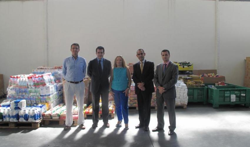 La fundación Delivering Better Lives (DBL) de UTi, en colaboración con el Corte Inglés, Mercadona y CEOE-CEPYME Guadalajara, recogen 7.500 kilos de alimentos