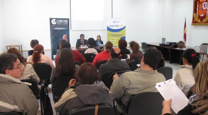 Gran éxito de las jornadas de Emprende+más en Villanueva de la Torre y Almonacid de Zorita