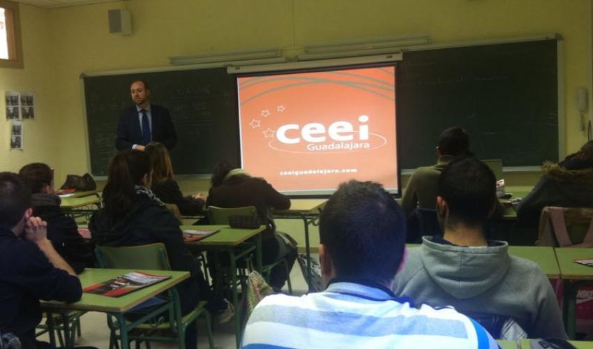 Los técnicos del CEEI de Guadalajara se desplazan a pastrana para mostrar la cultura emprendedora