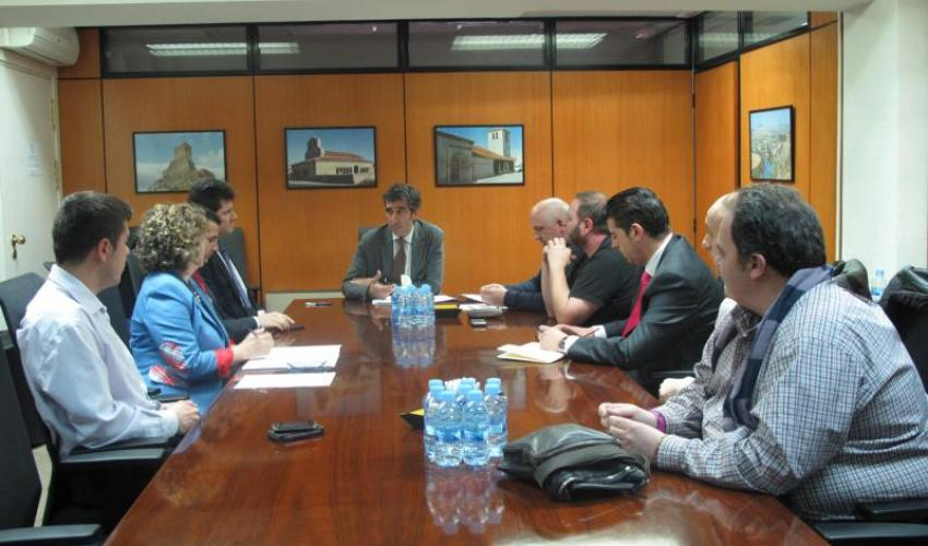 Representantes de CEOE-CEPYME Guadalajara se reúnen con José Luis Condado para conocer la Ley de Dinamización y Flexibilización de la Actividad Comercial en Castilla-La Mancha