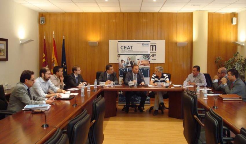 CEAT Castilla-La Mancha traslada sus propuestas al director general de economía