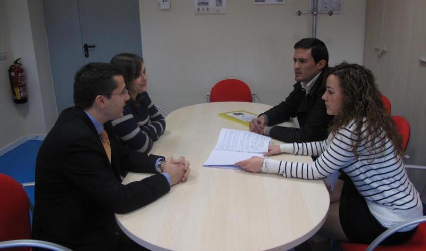 CEOE-CEPYME Guadalajara visita el centro de emprendedores de Almonacid