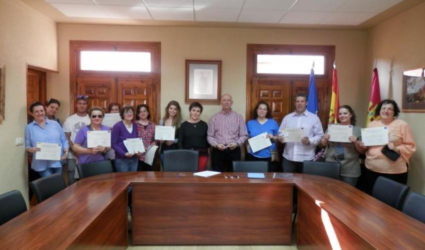 CEOE-CEPYME Guadalajara y el Ayuntamiento de Jadraque, clausuran el curso de manipulador de alimentos