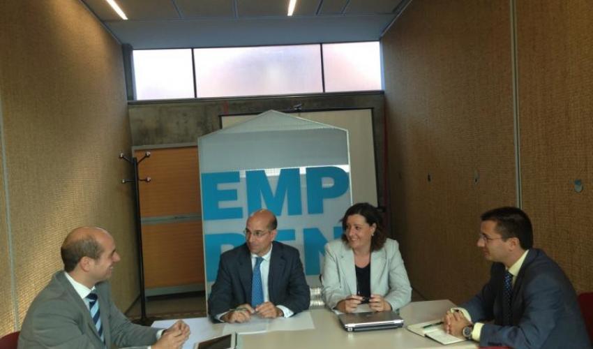 Los directores de los CEEIs regionales analizan los datos del primer semestre del año y planifican su estrategia para 2015