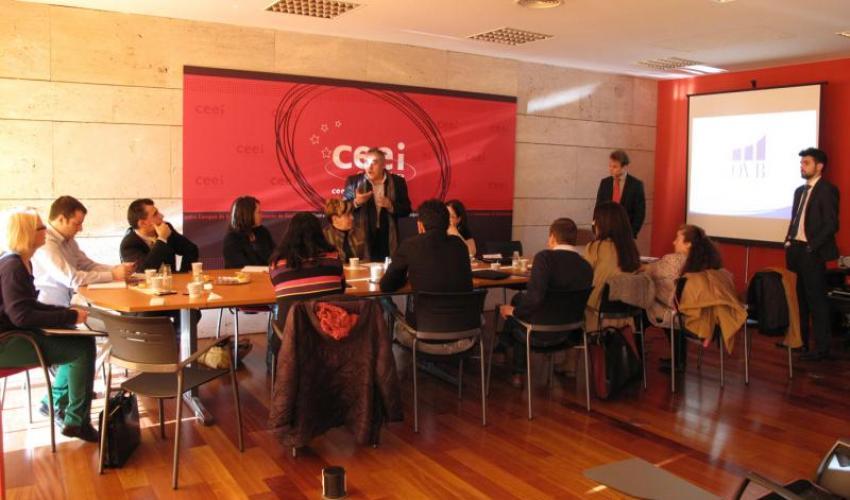 Las presentaciones de productos y servicios centran una nueva reunión de GuadaNetWork
