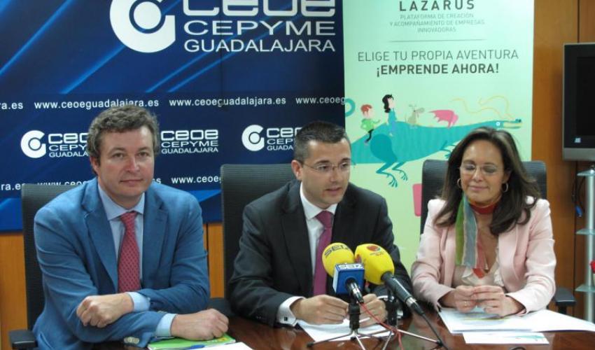 """La Fundación Caja Rural CLM y CEOE-CEPYME Guadalajara presentan la plataforma """"Lazarus"""" a los empresarios de la provincia"""