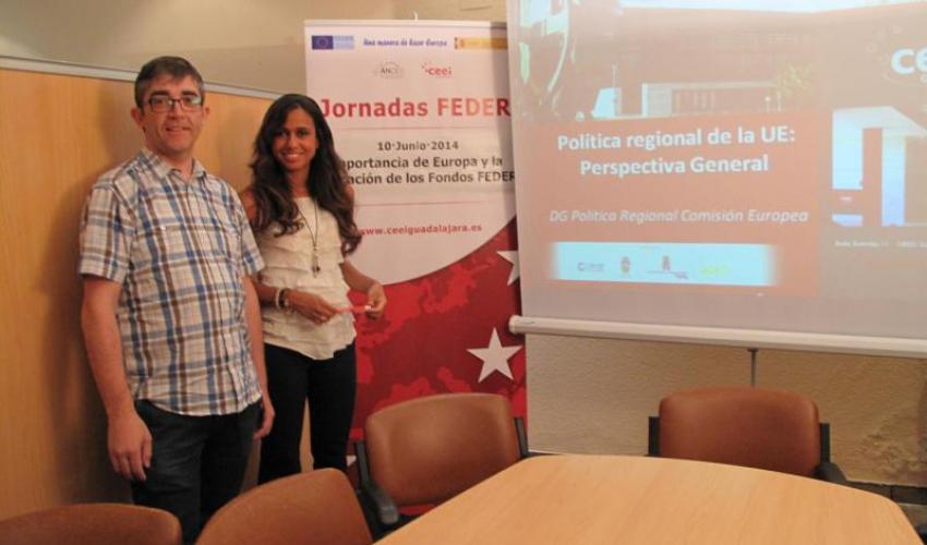 El CEEI de Guadalajara explica la importancia de los fondos FEDER a los empresarios de Alovera