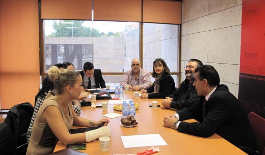 Una decena de emprendedores muestran sus productos y servicios en un nuevo encuentro de GuadaNetWork