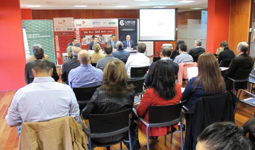 El coaching atrae a los empresarios alcarreños en el primer seminario de Top Dirección