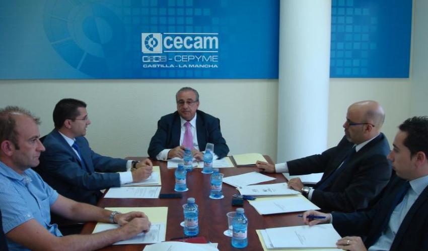 CECAM presenta las actividades de comercio exterior para 2014